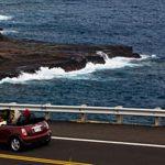 【ハワイに住もう】赤信号でも右折OKの場所も!車線以外も違う点が多い、ハワイの交通事情とは